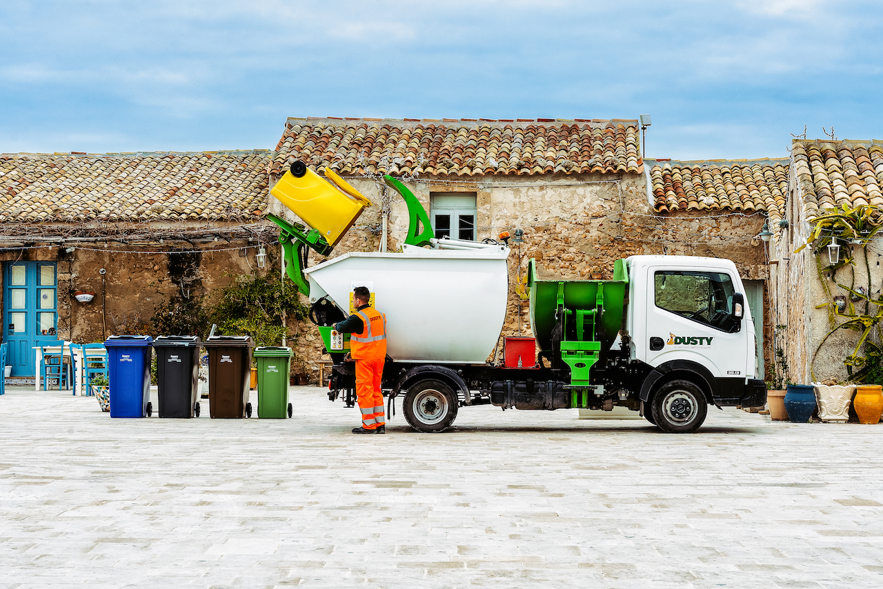 Raccolta Ferro Vecchio Catania riciclo - dusty - dusty